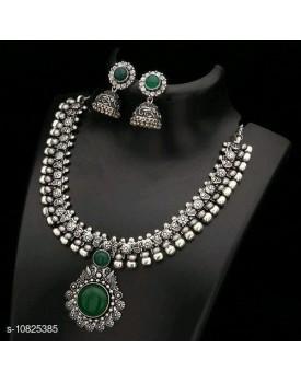 Feminine kohlapur jewellery set
